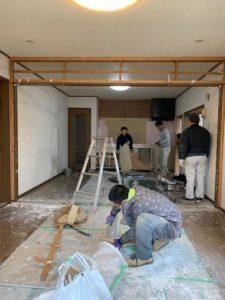 知多市 内装工事 キッチン 取り替え工事 サッシ取り替え 解体 壁