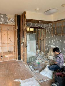 {CAPTION}半田市 マンション 改装工事 水廻り キッチン 浴室 洗面 トイレ 解体 床 壁